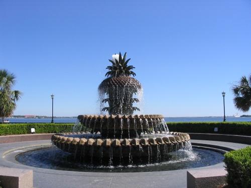 charleston-sc-pineapple-fountain